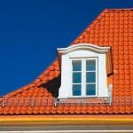 Устройство крыши деревянного дома и выбор материала для кровли